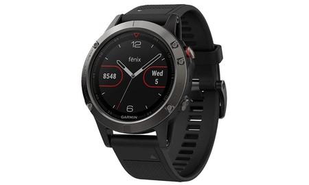 Reloj deportivo con GPS Garmin Fenix 5 con 70 euros de descuento durante el Prime Day de Amazon