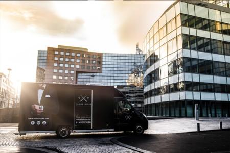 Tailor Trucks: el nuevo servicio de sastrería a la medida que viaja a cualquier lugar