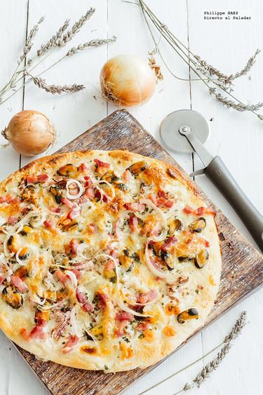 Pizza mar y tierra. Receta rápida