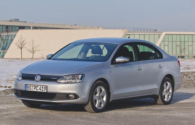 Volkswagen Jetta Hybrid 03