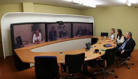 Las videoconferencias, ¿una herramienta para 'hacer piña' en el teletrabajo?