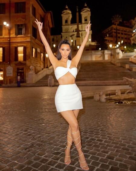 Kim Kardashian Looks Roma 03