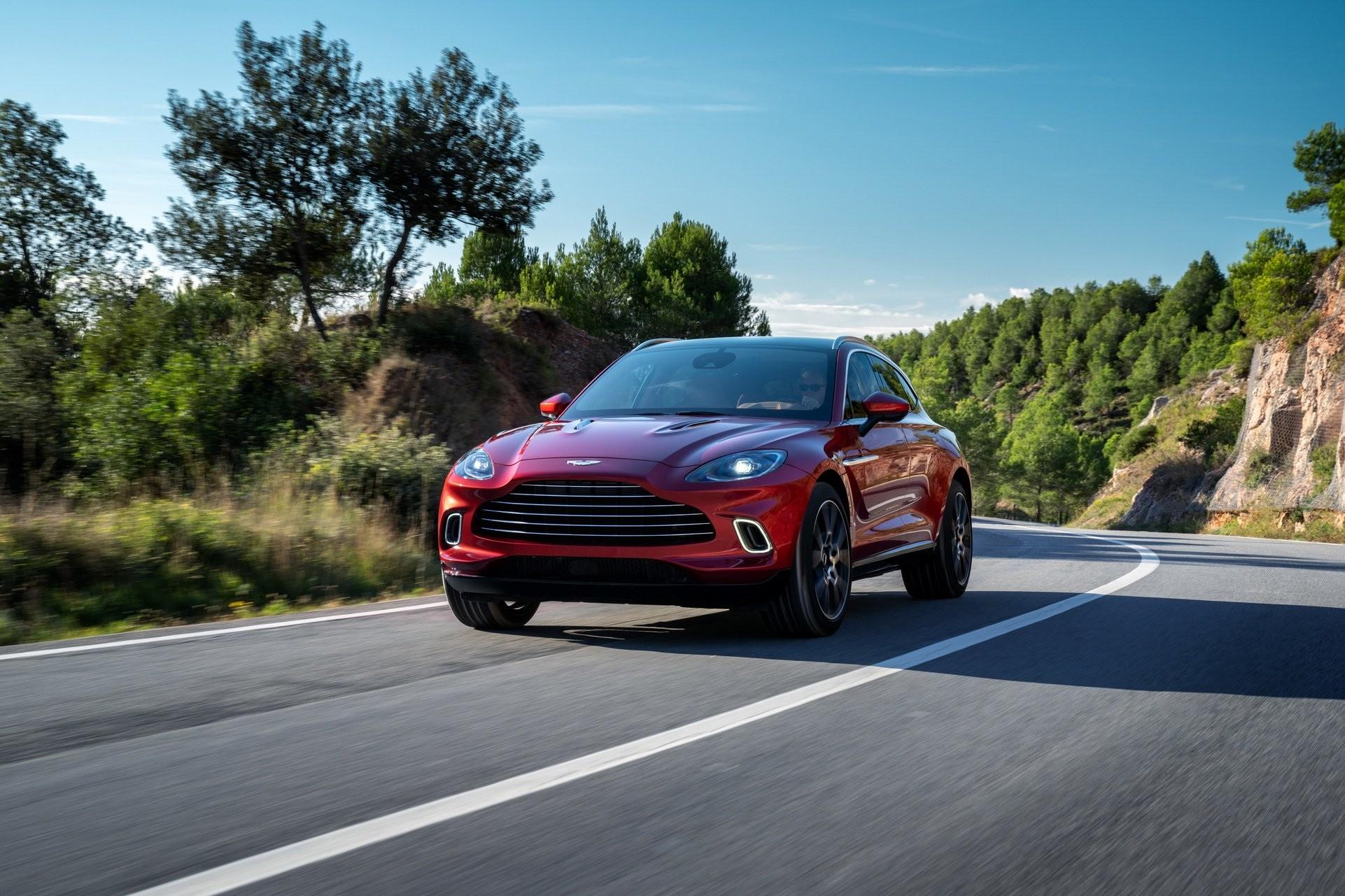 Foto de Aston Martin DBX (1/36)