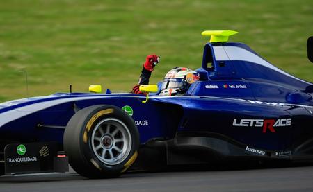 Antonio Felix da Costa y William Buller le dan a Carlin un gran fin de semana en la GP3 en Silverstone