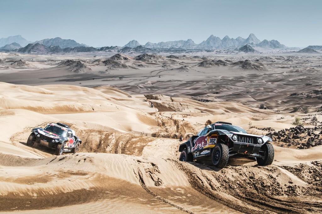 Carlos Sainz gana la última etapa pero no evita el decimocuarto Dakar de Stéphane Peterhansel