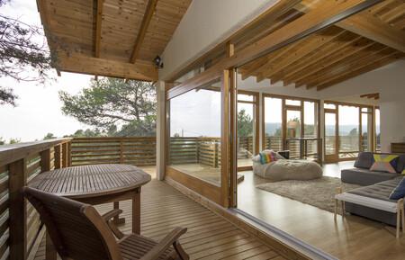 Alojamiento En Airbnb Casa De Madera En El Bosque En Mont Ral Cataluna 2