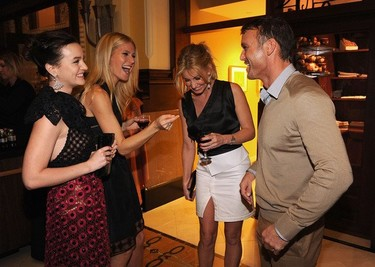 Leighton Meester se va de premiere con Gwyneth Paltrow para 'Country Song': looks de fiesta