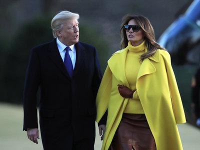 Melania Trump tiene todas las claves del estilo working girl que triunfa esta temporada, ¡en amarillo!