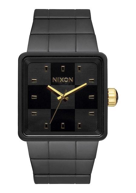 Nixon Quatro 04