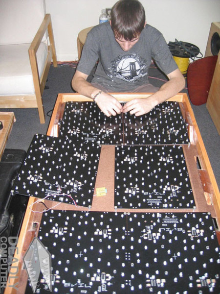 Mesa de LEDs interactiva