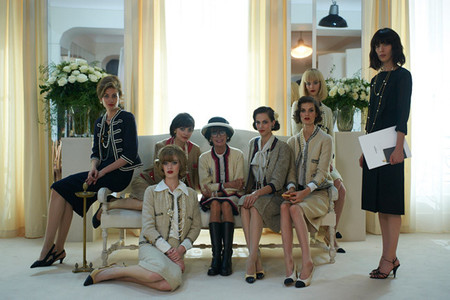 """The Return"", el nuevo fashion film de Karl Lagerfeld con Géraldine Chaplin y Rupert Everett"