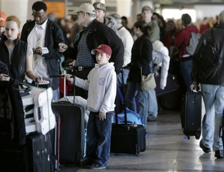 ¿Cuánto cobran las compañías americanas por el equipaje?