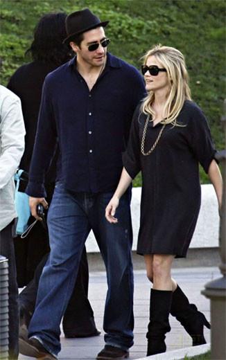Reese Witherspoon y Jake Gyllenhaal de paseo por Madrid