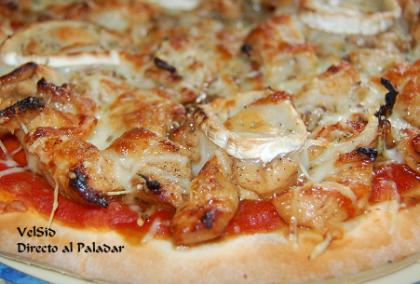 Pizza de pollo al Pedro Ximénez y aroma de romero