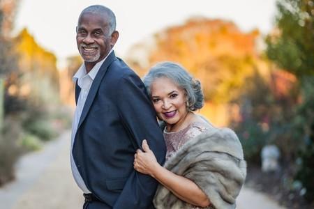 La sesión de fotos más glamurosa del año la protagoniza esta pareja que cumple 47 años de matrimonio