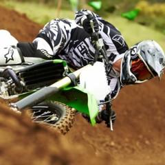 Foto 24 de 42 de la galería nueva-kawasaki-kx450f-2013-de-la-experiencia-del-ama-supercross-y-motocross-a-tu-garaje-accion en Motorpasion Moto