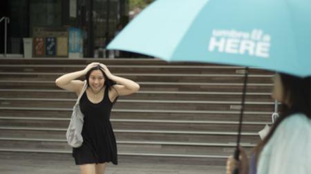 Hasta tu paraguas puede volverse avanzado