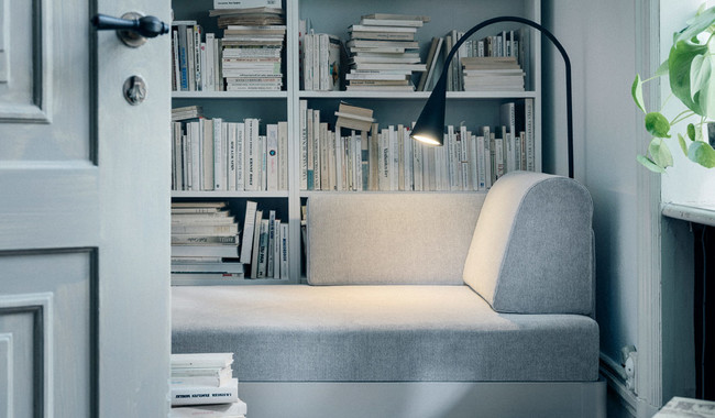 El diseñador Tom Dixon se suma a las colaboraciones con Ikea y lo hace con DELAKTIG, un sofá personalizable