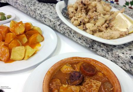 Las 13 mejores recetas de la cocina madrileña: una gastronomía de taberna con influencias de toda España