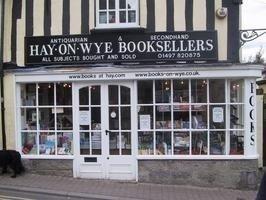 Pueblos-librería para atraer turistas