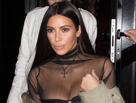 Kim Kardashian, atacada a punta de pistola en su alojamiento de París