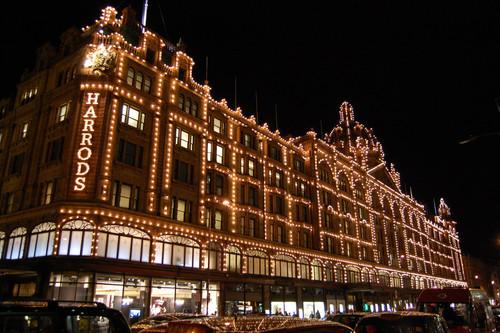 Gracias, Brexit: Londres ya es la ciudad más barata para comprar productos de lujo. Tenemos las pruebas.
