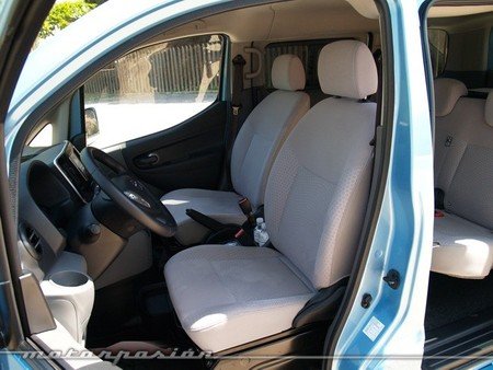 nissan-env200-evalia-650-mp-12.jpg