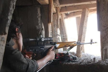 Guerrillera kurda en Hasaka
