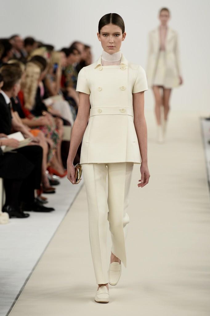 Foto de Valentino Nueva York Alta Costura 2014 (17/46)