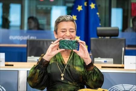 La Comisión Europea inicia una investigación antimonopolio contra Facebook por el uso de datos de anunciantes en Marketplace