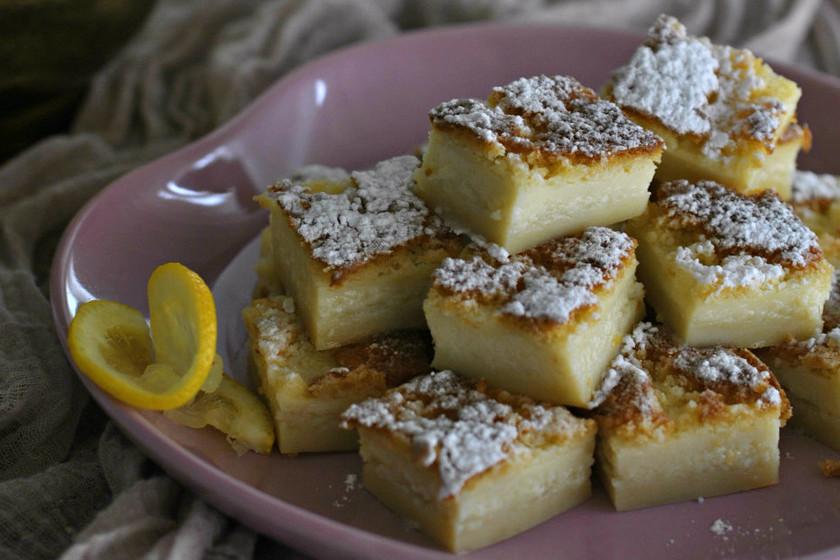 Pastel jugoso de limón. Receta