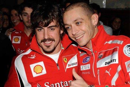 Valentino Rossi se viste de rojo