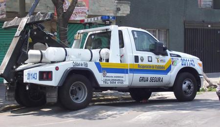 Gruas ya no podrán infraccionar en CDMX