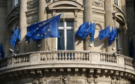 """La UE cree que las multas de Francia y España a Google son """"calderilla"""" e insuficientes"""