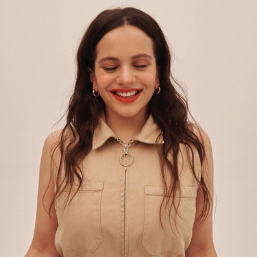 Las nuevas uñas de Rosalía se inspiran en una artista del tatuaje... y el resultado mola (mogollón)