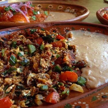 Machaca con huevo. Receta fácil y rápida de la cocina mexicana