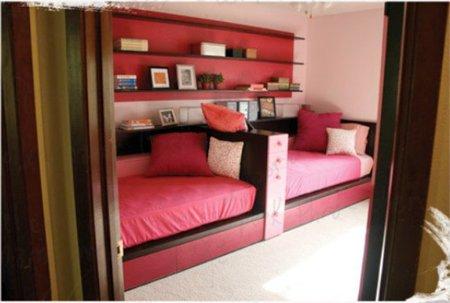 Una buena idea hacer un sof juntando dos camas for Sofa con dos camas