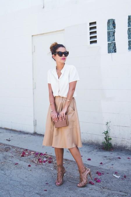falda caramelo