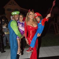 A vueltas con Halloween: seguimos viendo disfraces de los famosos