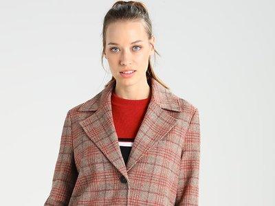 Por 67,95 euros podemos hacernos con el abrigo de Pepe Jeans Norma en Zalando con envío gratis