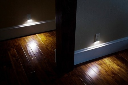 SnapRays Guidelight, tres luces LED en cada enchufe de la casa