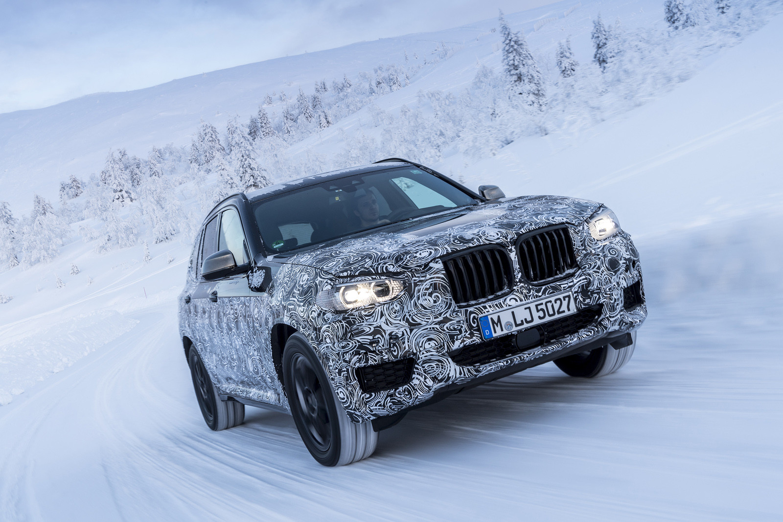 Foto de BMW X3 2018 camuflaje (1/16)