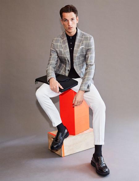 Los Cuadros Y Los Tonos Grises Son La Fresca Apuesta Tailoring De Zara Para La Primavera 3
