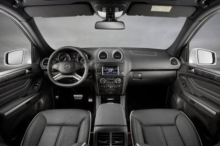 Mercedes-ClaseM-GrandEdition-03