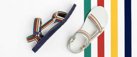 La clásica sandalia Teva se actualiza con la colección a todo color de Hudson's Bay