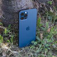 El iPhone plegable llegará en 2023, según Kuo: pantalla OLED flexible de 8 pulgadas para la entrada de Apple a la competencia