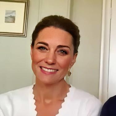Kate Middleton luce la perfecta chaqueta de Sandro (que todavía está disponible) que todas queremos para el buen tiempo