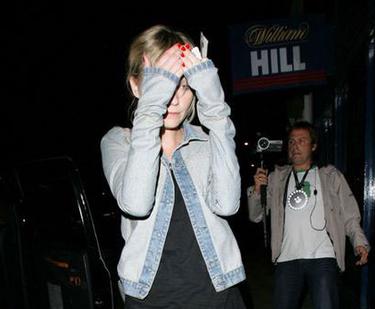Kirsten Dunst vuelve a las andadas