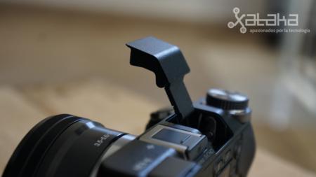 Sony NEX 6 flash delicado