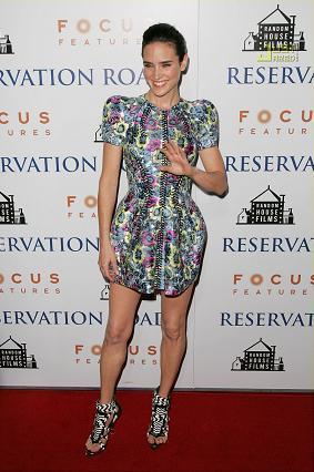 Jennifer Connelly, la primera en lucir un vestido de Balenciaga Primavera/Verano 2008